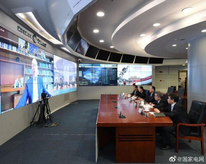 毛伟明董事长与世界经济论坛创始人兼执行主席施瓦布举行视频会晤