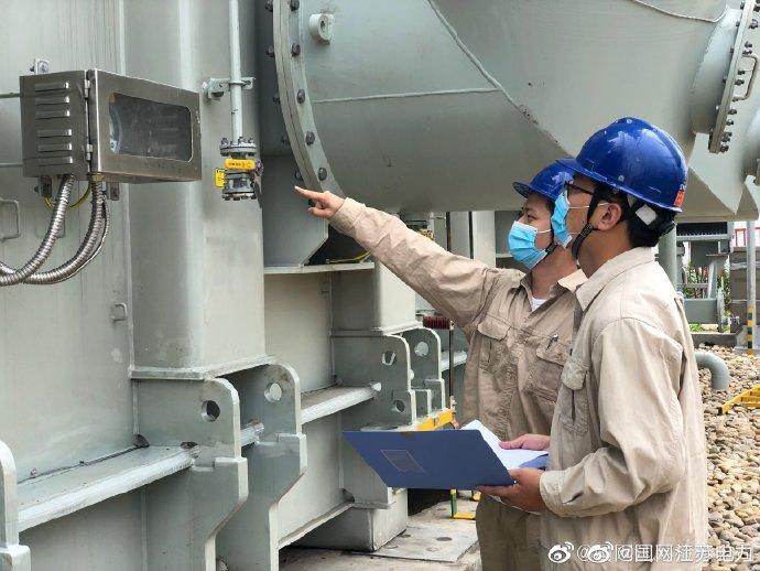 500千伏三官殿变电站电网设备巡查